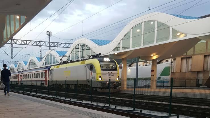 Anahat Yolcu Trenlerinin Seferleri Başlıyor