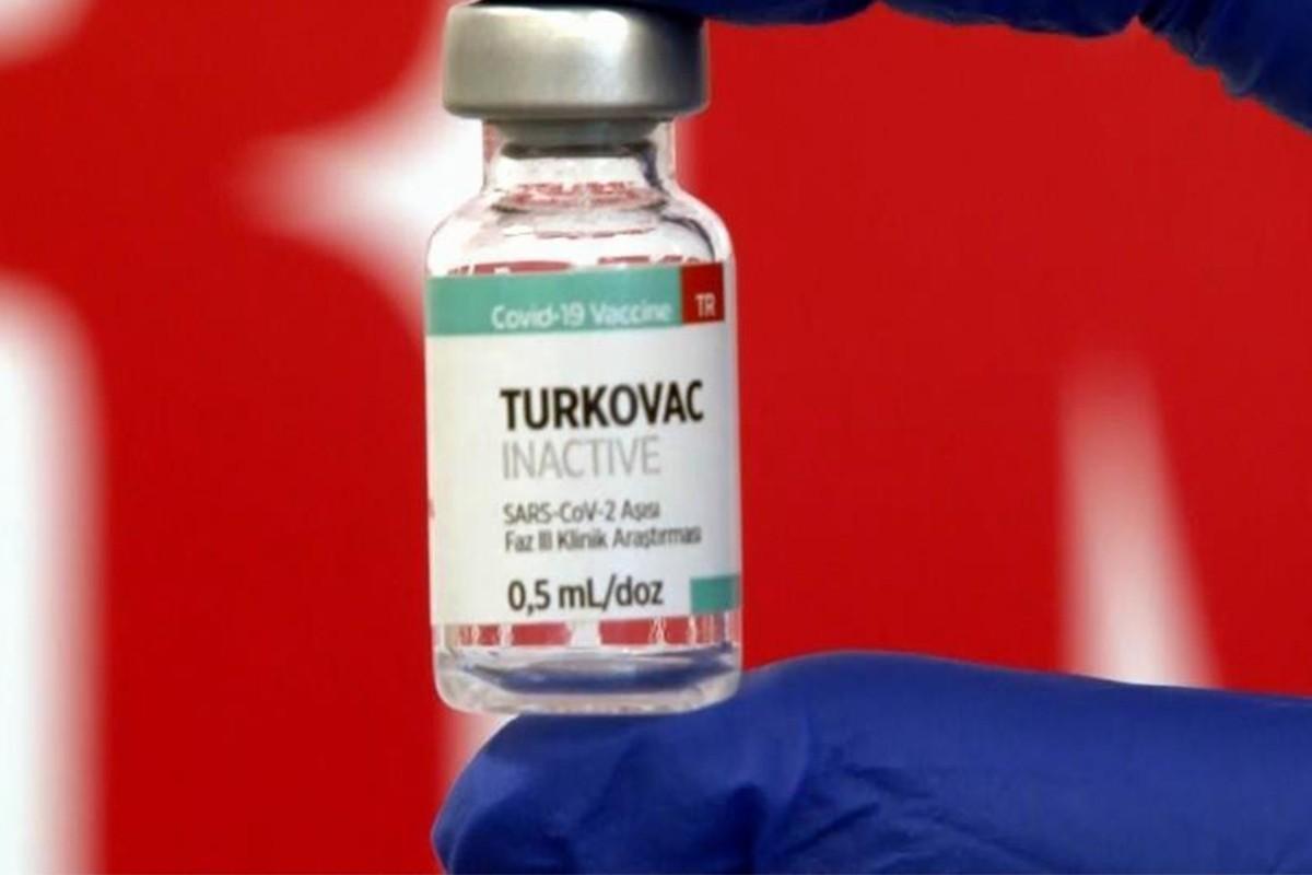 Sağlık Bakanı Koca'dan vatandaşlara Turkovac aşısı çağrısı