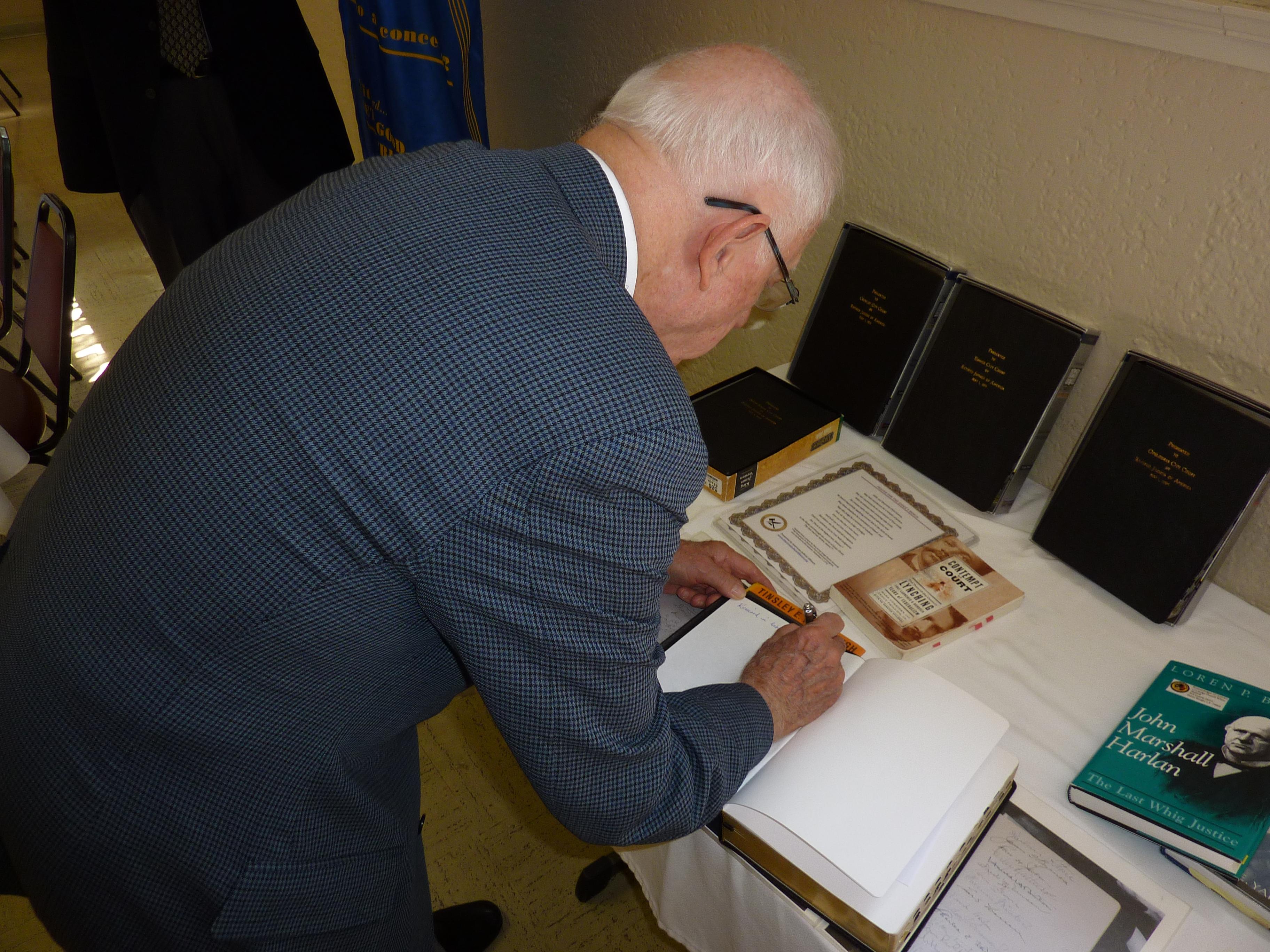 Four Southwest Louisiana Courts Receive Bibles | American