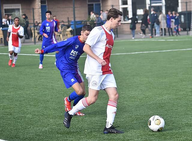 Zaterdag 2 wint van Buitenveldert met ruime cijfers (1-4)