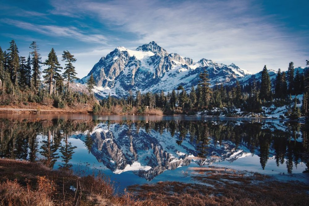 Picture lake with perfect reflection of Mt Shuksan in it