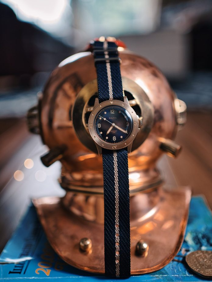 A watch suitable for Jules Verne [Baltic Aquascaphe Bronze]