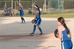 Softball Level 2 Vinton Shellsburg vs Benton Community 2014-6752