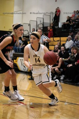Vinton-Shellsburg vs West Delaware Varsity-9625