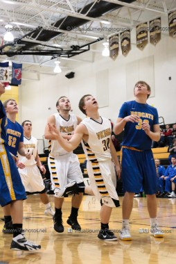 JV Boys Basketball Vinton-Shellsburg vs Benton Community-1140