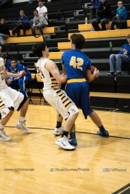 JV Boys Basketball Vinton-Shellsburg vs Benton Community-1405