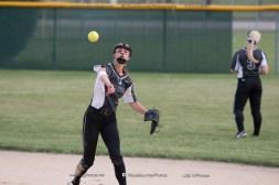 Softball Varsity Vinton-Shellsburg vs Clear Creek Amana 2014-5040