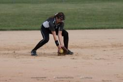 Softball Varsity Vinton-Shellsburg vs Clear Creek Amana 2014-5043