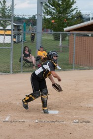 Softball Varsity Vinton-Shellsburg vs Clear Creek Amana 2014-5059