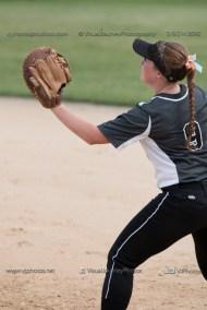 Softball Varsity Vinton-Shellsburg vs Clear Creek Amana 2014-5077