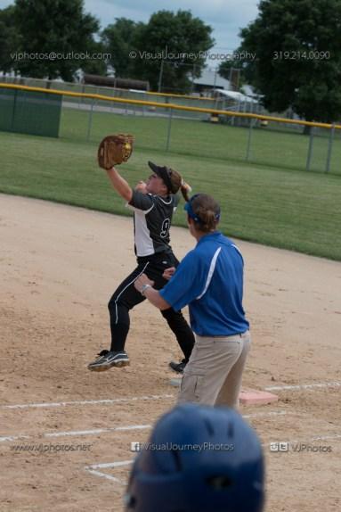 Softball Varsity Vinton-Shellsburg vs Clear Creek Amana 2014-5092