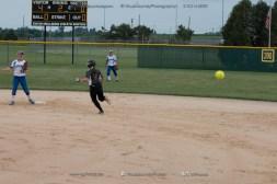 Softball Varsity Vinton-Shellsburg vs Clear Creek Amana 2014-5120