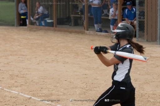 Softball Varsity Vinton-Shellsburg vs Clear Creek Amana 2014-5195