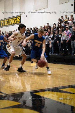 Varsity Basketball Vinton-Shellsburg vs Benton Community-9359
