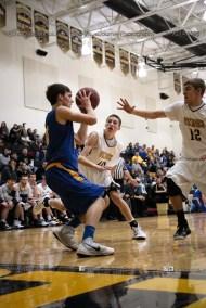 Varsity Basketball Vinton-Shellsburg vs Benton Community-9379
