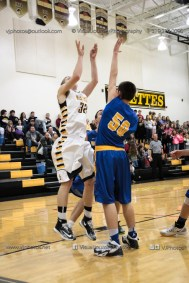Varsity Basketball Vinton-Shellsburg vs Benton Community-9569
