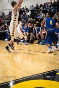 Varsity Basketball Vinton-Shellsburg vs Benton Community-9603