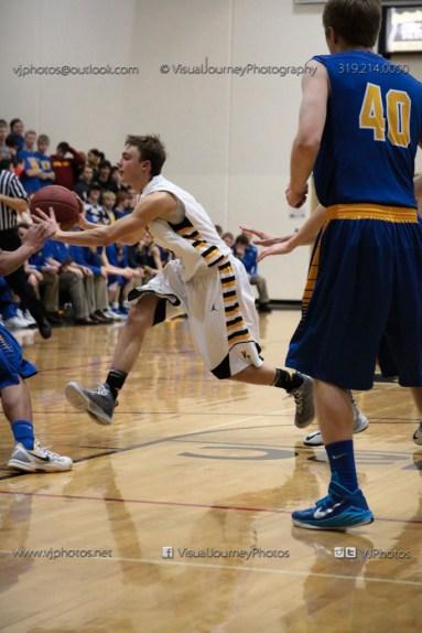 Varsity Basketball Vinton-Shellsburg vs Benton Community-9702