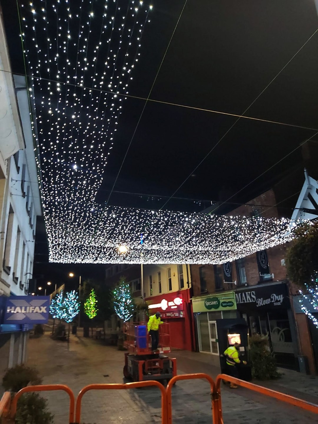 Lisburn Canopy Light show Commences