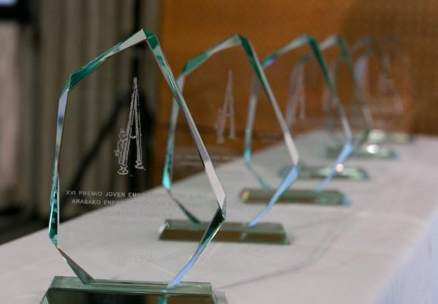 Ajebask abre el plazo de candidaturas para sus Premios Joven Empresario/a 2020