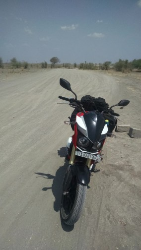 Dry and dusty roads leading to Bellary