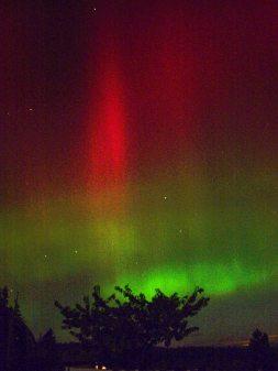 Aurora from Gardner, WA, 27Oct2001, Photo by Allan J Jones