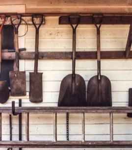 Shovels Modrian