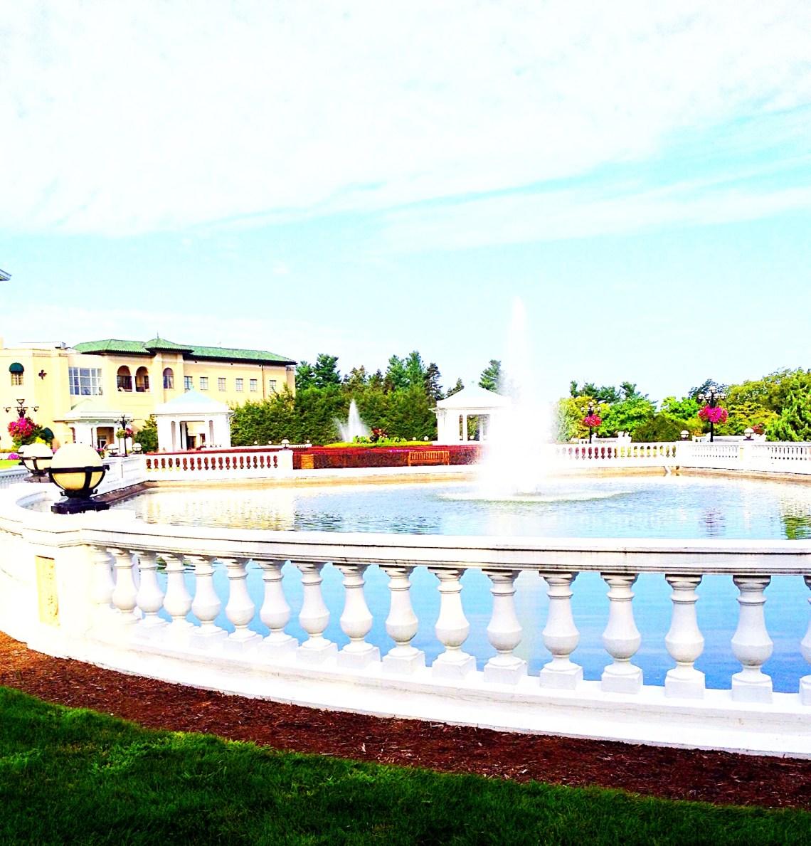 photo of the promenade, west-facing