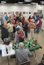 Opening crowd of 2015 DAG show