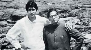 Amitabh Bachchan with his father