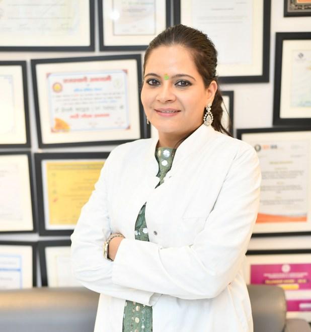 Dr. Deepali Bhardwaj, Dermatologist Reveals Remedies for Dandruff