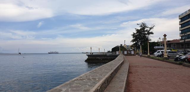 Famous Restaurants in Dumaguete