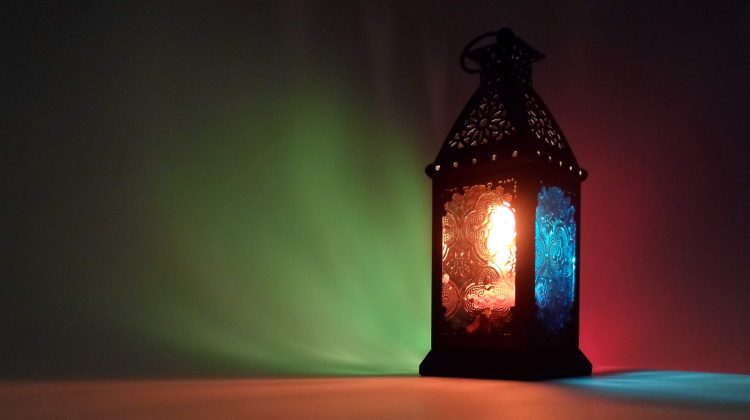 The fanoos (Arabic for lantern) is used as a decorative item during Ramadan.
