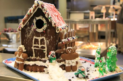 Probably the only normal-looking Gingerbread House. © A. Padilla