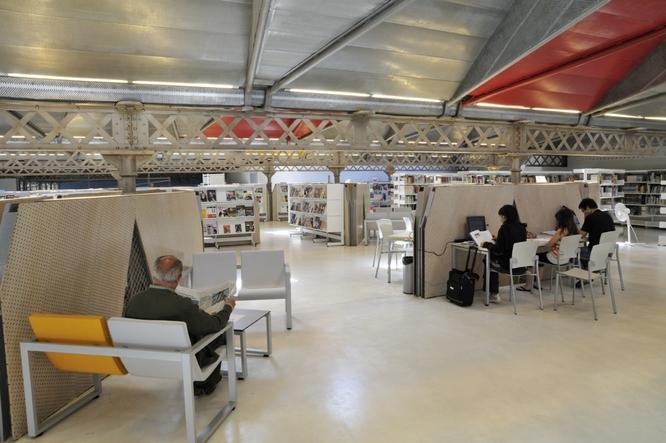 El pròxim dilluns 29 d'octubre, a partir de les 15 hores, la Biblioteca Can Casacuberta torna a obrir al públic amb normalitat