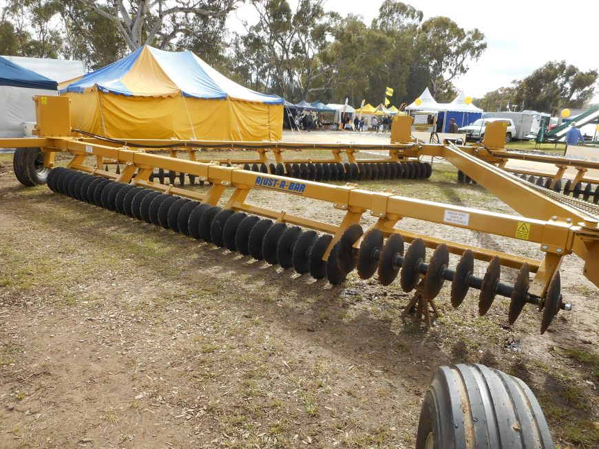 Ajustabar at the Henty field days, one disc gang shown jumping