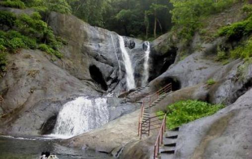 Kumbhavurutty Waterfalls, Kollam   Ticket Price   Timings   Address:  TripHobo