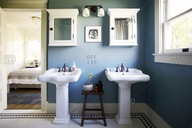 double sink stock photos offset