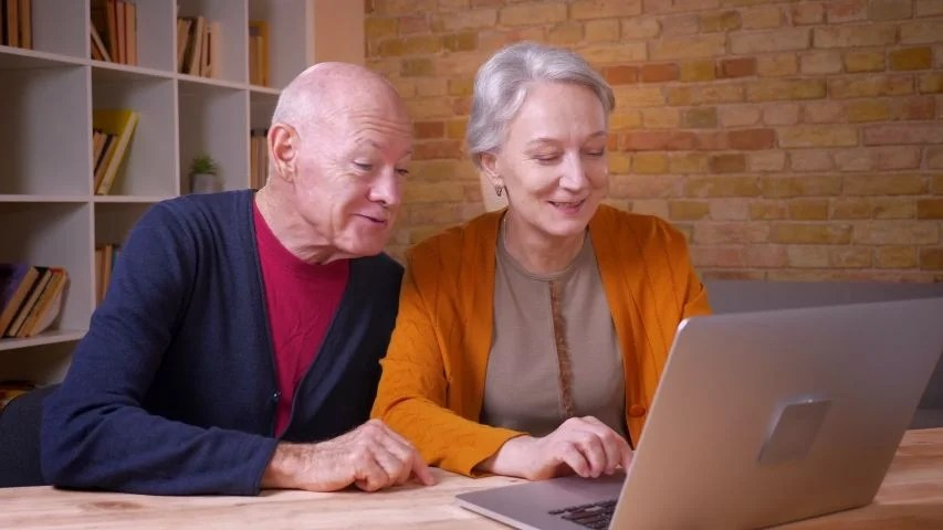 Online Dating Services For Women Over 60