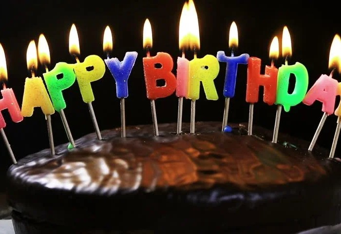 Hd0016lighted Candles On A Happy Birthday Cake Candles With The