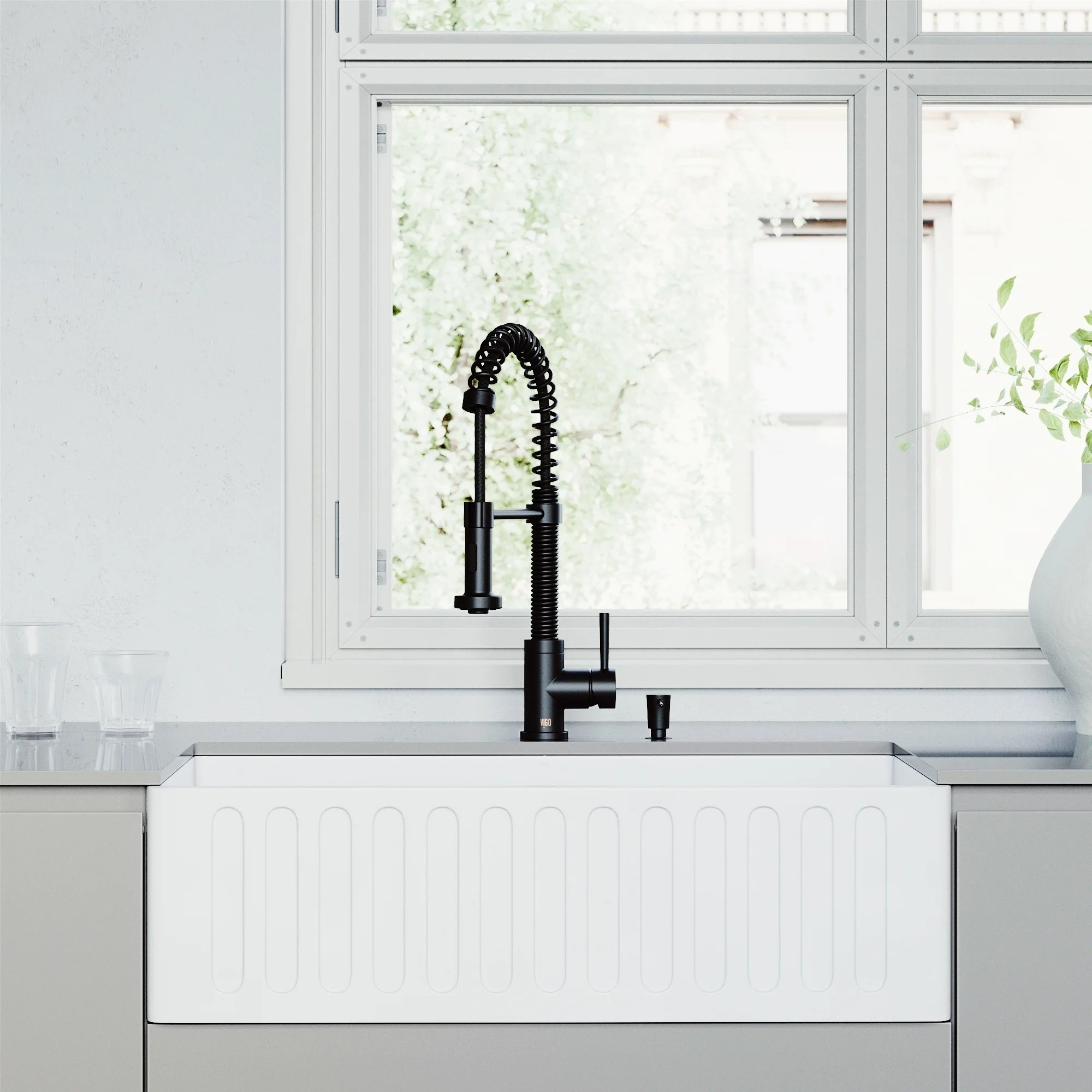 vigo all in one 33 matte stone white apron front single bowl farmhouse kitchen sink with pull down faucet in matte black