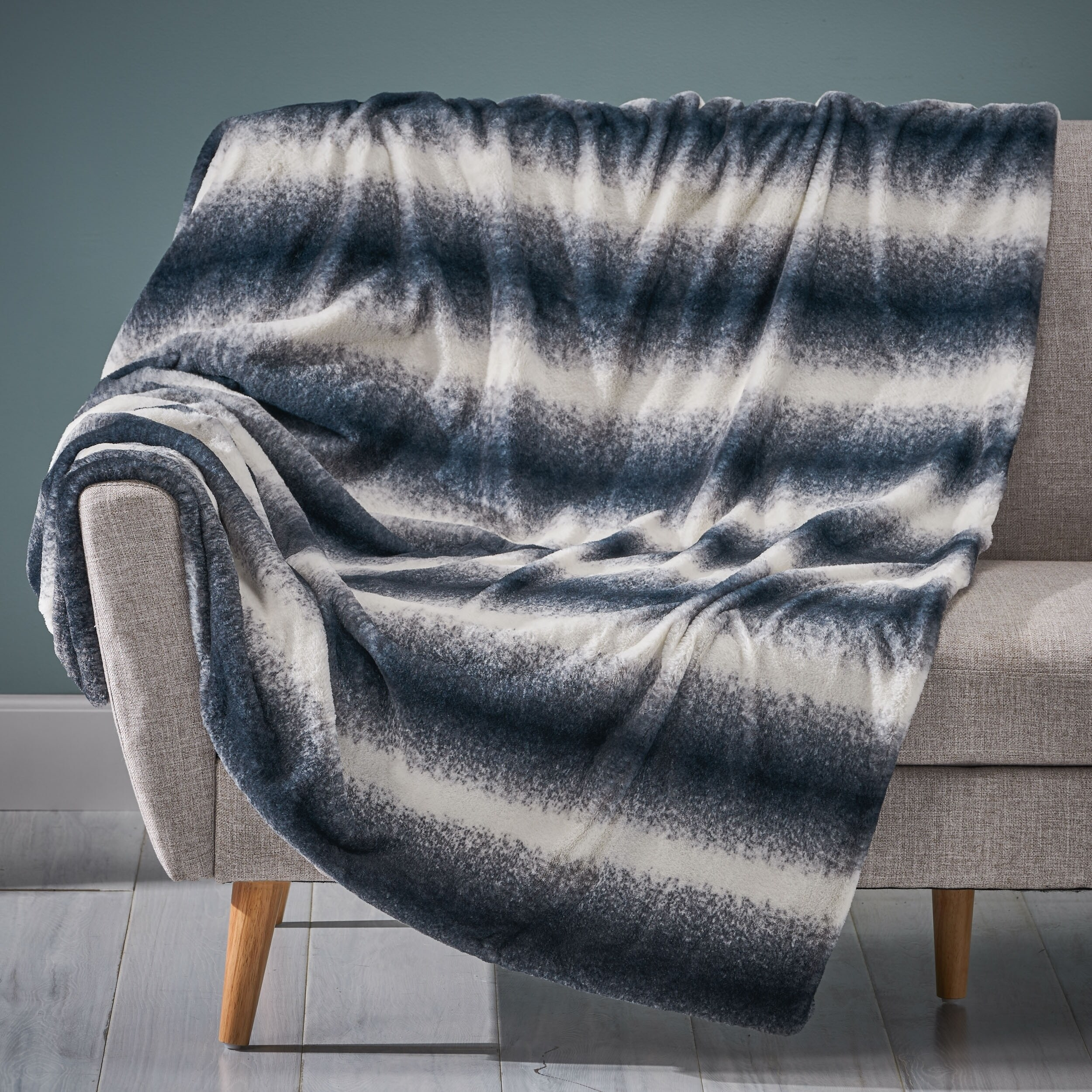 Gipson Faux Fur Throw Blanket by Christopher Knight Home