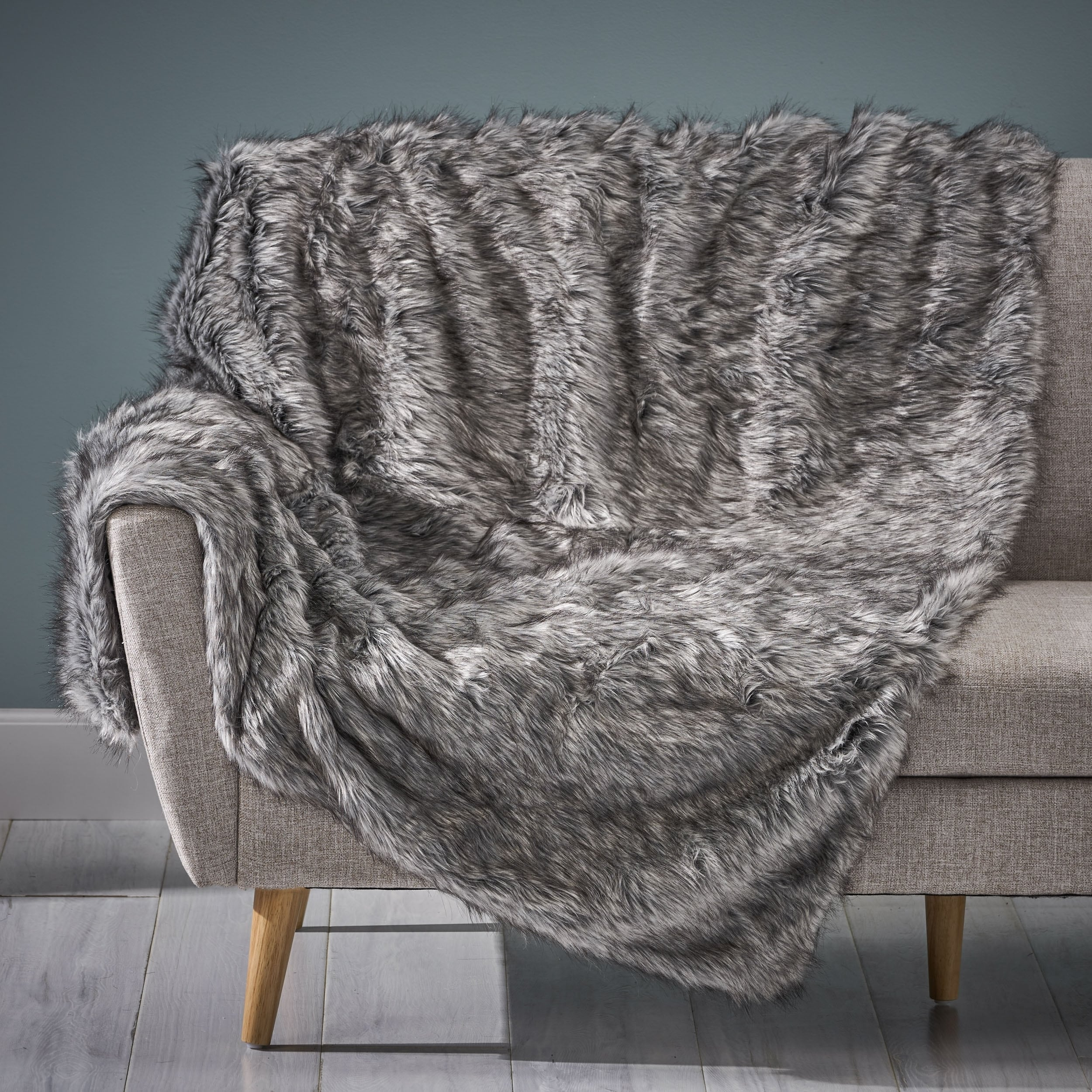 Warrin Faux Fur Throw Blanket by Christopher Knight Home in Dark Grey/Light Grey Streaks (As Is Item)