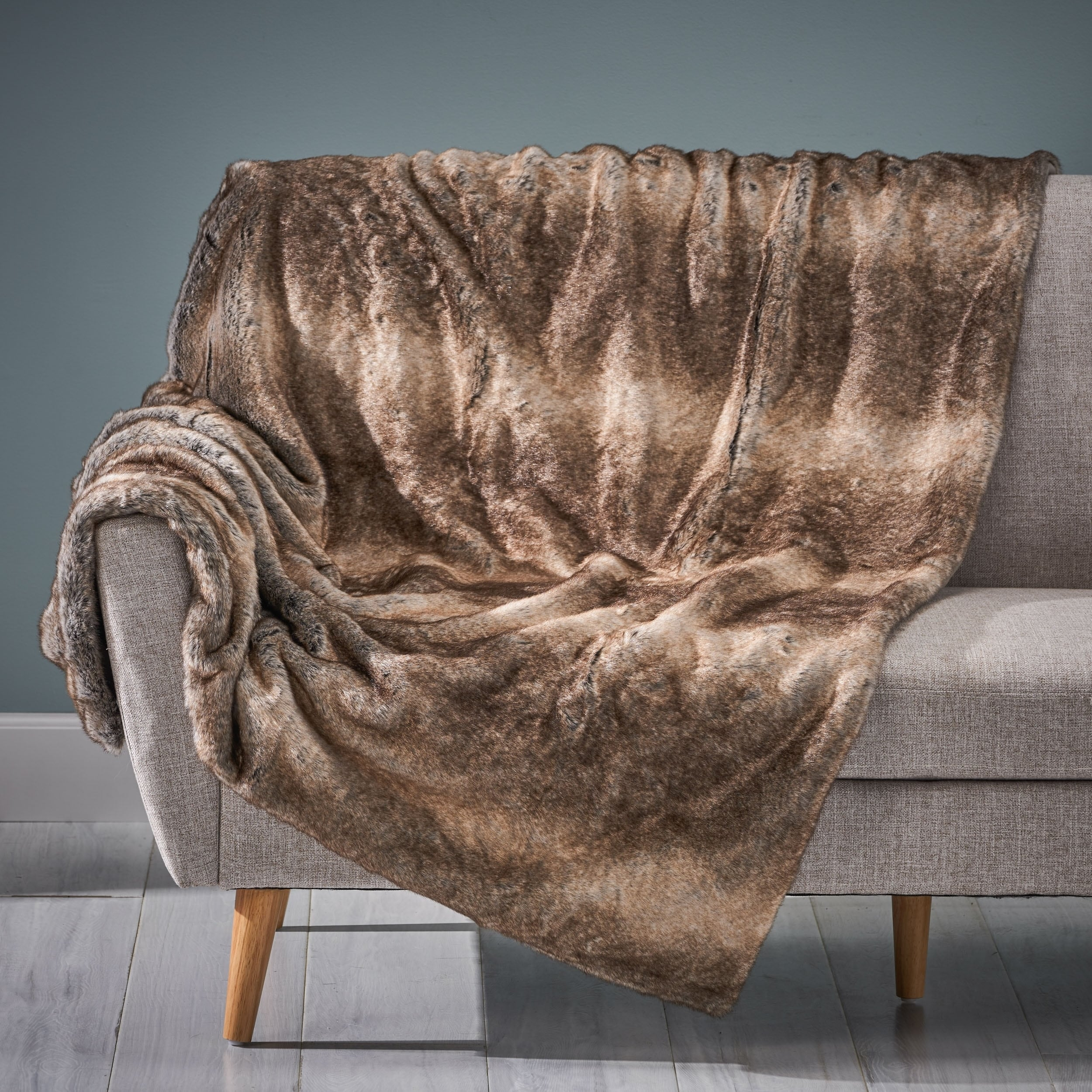 Gipson Faux Fur Throw Blanket In Ash White by Christopher Knight Home (As Is Item)