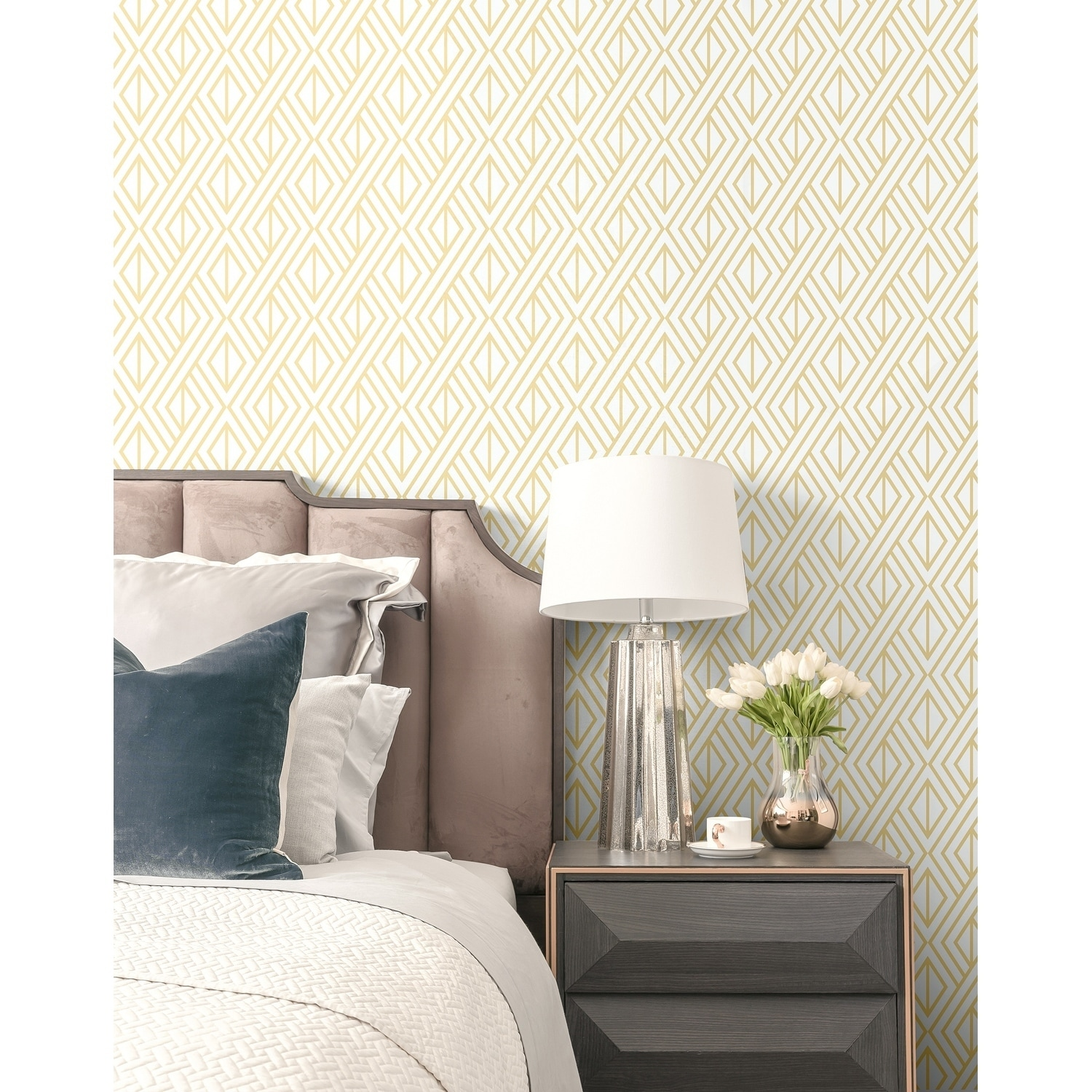 Shop Nextwall Gold Diamond Geometric Peel And Stick Removable Wallpaper 20 5 In W X 18 Ft L Overstock 31053551