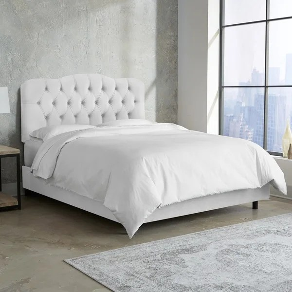 Tufted Bed In Velvet White Skyline Furniture