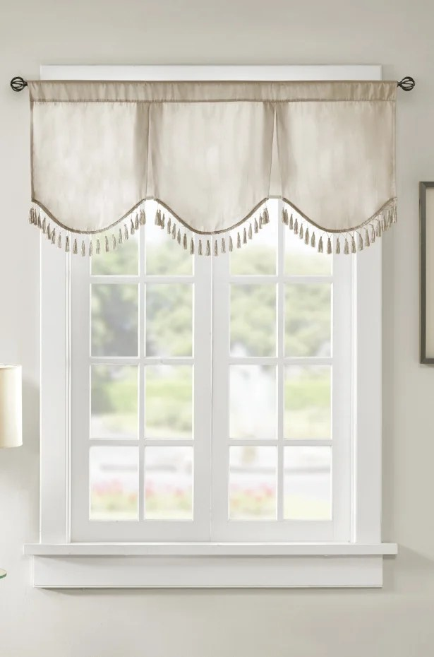 how to buy the right curtain rods for