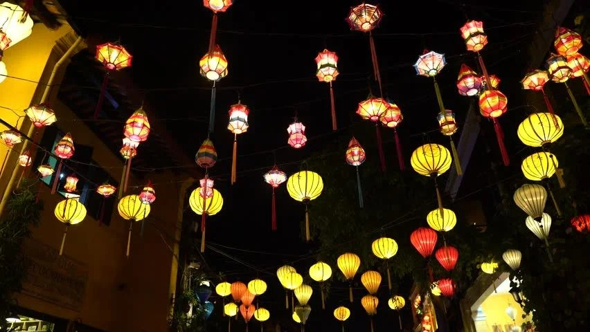 Vietnam shopping silk lantern hoi an