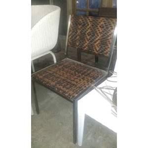 76 JRSR-Kalasan dining chair 02