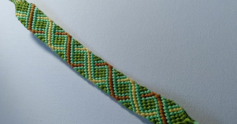St Patrick's day friendship bracelet style
